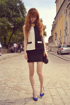 black River Island top - black vintage bag - blue Stradivarius heels