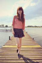 black bow H&M shorts - black CzasNaButy shoes - light pink Sugarlips top