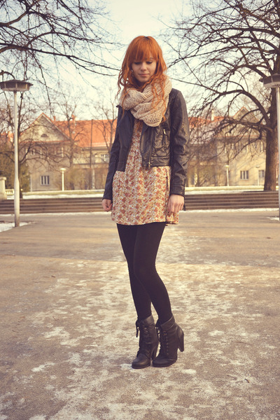 Stradivarius dress - leather H&M jacket - H&M scarf - New Yorker heels