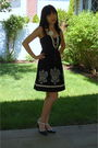 Black-floreat-dress-white-forever-21-necklace-black-sam-and-libby-shoes