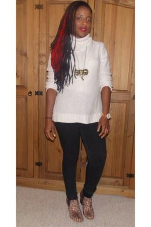 Internacionale boots - Matalan jeans - H&M jumper - new look necklace