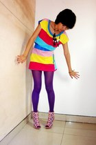 colourful top - chandelier necklace - GoJane shoes - belt
