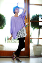 batwing shirt - top - tights - shoes