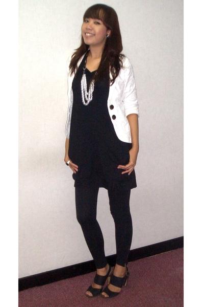 Black Dresses Black Leggings White Blazers Black Shoes Silver Necklaces   u0026quot;Tues-day at ...