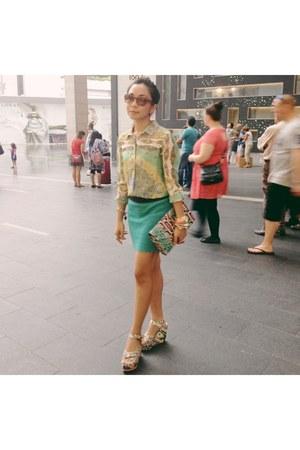 neon H&M bag