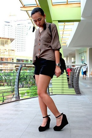 black Shop  ME bag - black maldita shorts - black sm dept store earrings