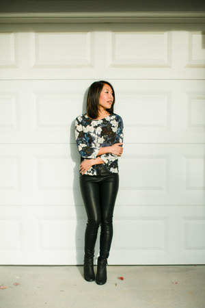 eight sixty top - BLANKNYC leggings