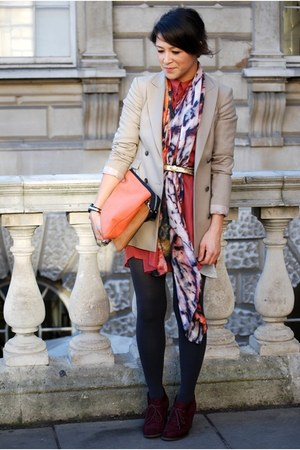 Weston Scarves scarf - orange oversized silk vintage dress - beige Reiss blazer