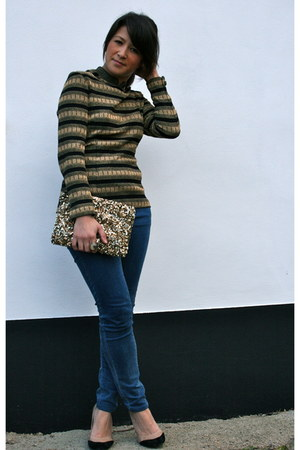 gold lurex stripe vintage top - blue skinny Uniqlo jeans - gold sequin Zara bag
