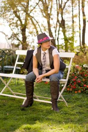 Forever 21 vest - PacSun hat