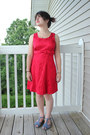 Red-dby-dress-blue-t-strap-floral-modcloth-sandals