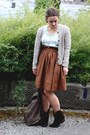 Dsw-boots-yes-walker-bag-target-top-h-m-skirt