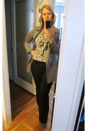 gray Rag and Bone jacket - blue Love 21 blouse - blue Cabi jeans