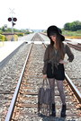 Black-boots-leopard-print-tights-heather-gray-fringed-bag