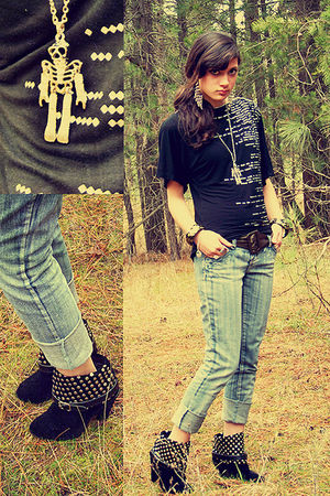 black top - silver jeans - black boots