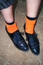 Carrot-orange-socks-heather-gray-sweater-black-forever-21-shoes-ivory-neck