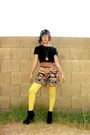 Yellow-hue-stockings-black-thrifted-jumper-gold-thrifted-necklace-black-fo