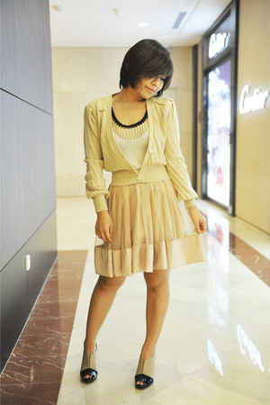 khakis knitted Miss mios closet cardigan - Miss mios closet top