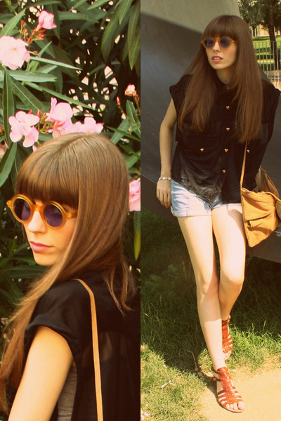 camel leather bag Friis & Co bag - periwinkle denim shorts H&M shorts - mustard