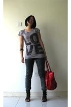random from Bangkok t-shirt - random from Bangkok jeans - random from Bangkok ac