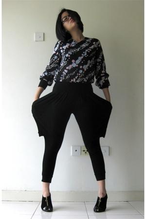 blouse - random from Bangkok pants - random from Bangkok shoes