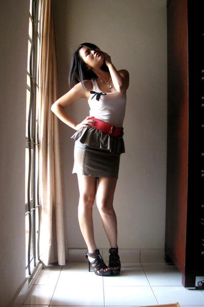 Miss OCD top - Old Blossom Box belt - uk skirt - online shoes - Old Blossom Box