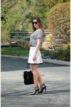 white banana republic skirt - white check print shirt - black strappy heels