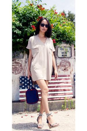 beige cotton shirt misspouty dress - navy boston Fendi bag