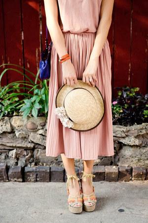 pink pleated misspouty dress - eggshell misspouty hat - tan Jeffrey Campbell wed