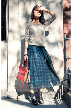 dark green misspouty skirt - beige J Crew sweater