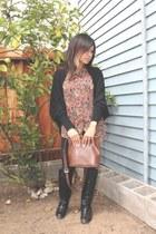light brown vintage Esprit bag - black riding Cathy Jeans boots