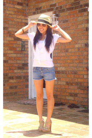 Forever21 shirt - Urban Outfitters shorts - BCBGgirls shoes - Target hat