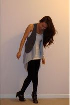 Forever 21 t-shirt - lulus vest - Forever 21 leggings - Madden Girl shoes