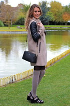 beige Bershka coat - black Paco Martinez bag - beige Primark socks