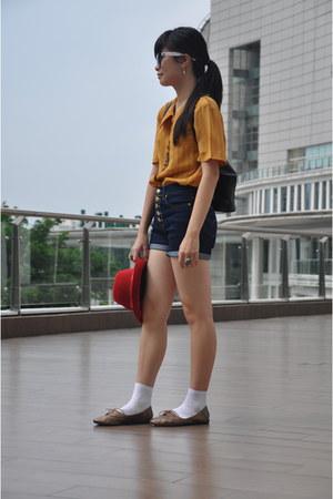 Mango shorts - the little things she needs shoes - vintage bag