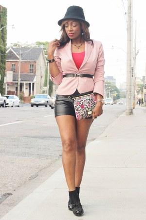 le chateau shoes - Suzy Shier blazer - Betsey Johnson purse - Ten Maxx shorts