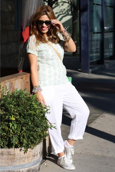 Zara blouse - Converse sneakers