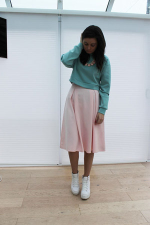 Missguided jumper - Topshop shoes - Dorothy Perkins skirt - Primark necklace