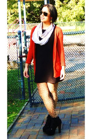 brown tights - black dress - carrot orange cardigan