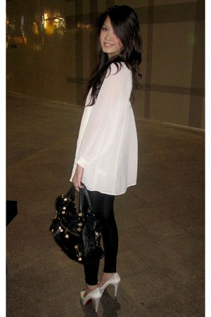 black city balenciaga bag - white python Christian Louboutin shoes