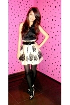 Guess top - Forever21 skirt - Nine West boots - Topshop stockings - belt