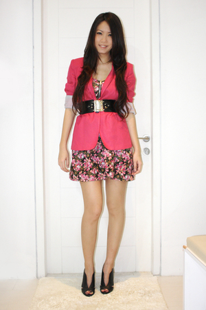 pink Topshop blazer - pink Coco Pink dress - black Far East Sg belt - black Zara