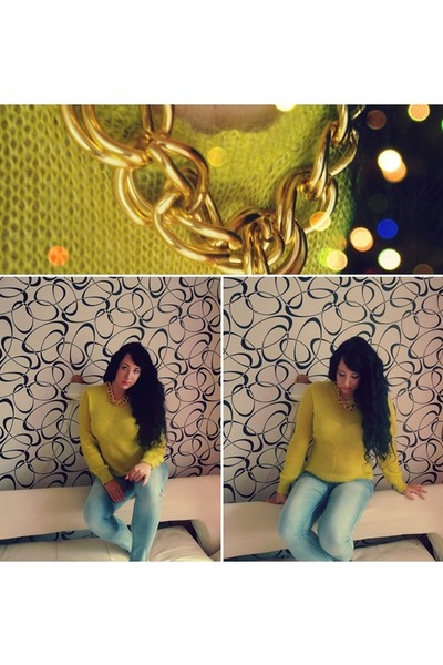 chartreuse comfy thrifted sweater - light blue skinny jeans Tally Weijl jeans
