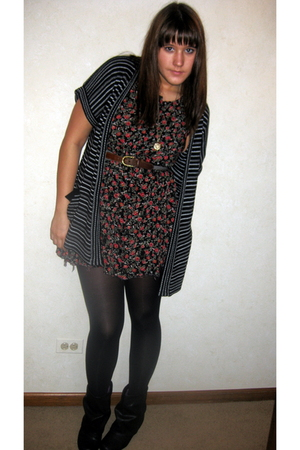 black village discount dress - black HUE tights - black Urban Outfitters boots -