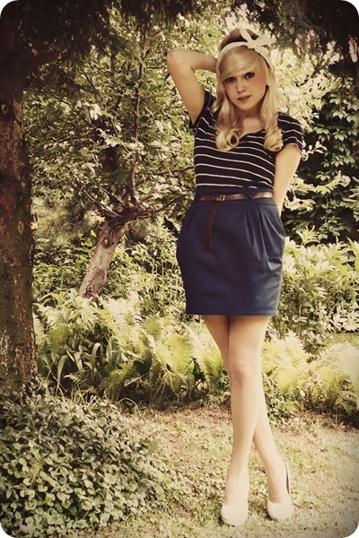 navy skirt - ivory heels