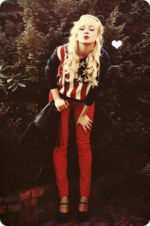 navy sweater - red pants