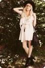 Black-boots-ivory-dress