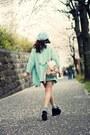 Sky-blue-knitted-beret-hat-aquamarine-one-way-blazer