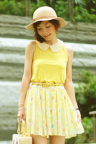 camel Monki hat - eggshell necklace - yellow pull&bear top - mustard belt