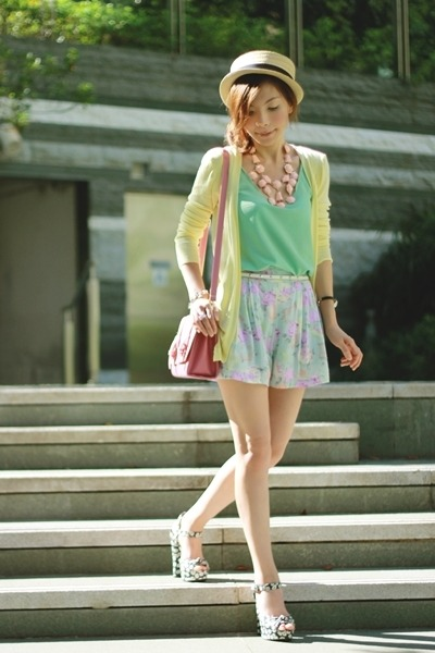 light pink H&M necklace - bubble gum satchel bag